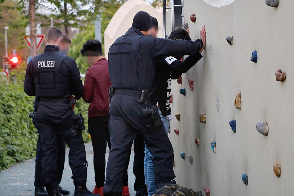 Auch auf dem Spielplatz auf dem Johannisplatz fanden Kontrollen statt.