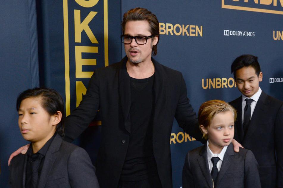 Wurde Brad Pitt (52) wirklich handgreiflich gegenüber seinen Kindern?