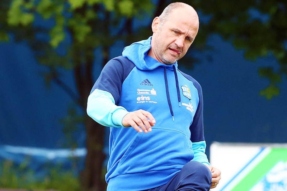CFC-Sport-Vorstand Steffen Ziffert ist mit dem Kurzcamp hochzufrieden und kam sogar selbst auch mal dazu, gegen den Ball zu kicken.