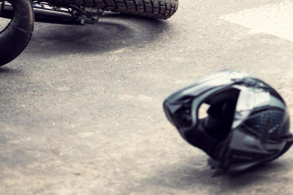 Schüler kracht mit Moped in Hauswand: Jede Hilfe für Jungen kommt zu spät