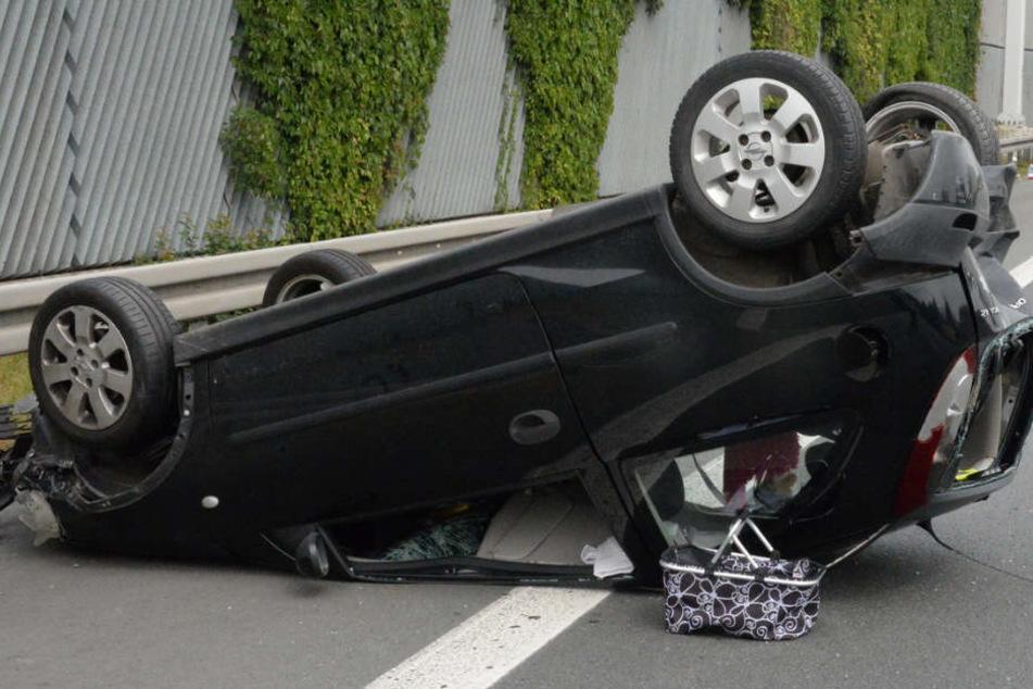 Wie durch ein Wunder blieb die 20-Jährige bei dem schweren Unfall unverletzt.