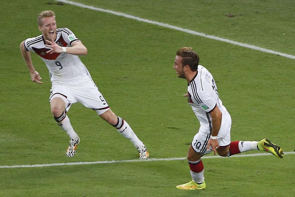 Der wohl größte Moment in Schürrles Fußballer-Laufbahn: 2014 legte er das goldene Tor von WM-Held Mario Götze zum Siegtreffer über Argentinien auf.