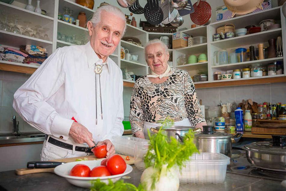 Ex-Ingenieur Christian Gruhl (90) und seinen Frau Ursula (92) kochen nicht nur ihr eigenes Süppchen. Gruhl will die Flotte retten.