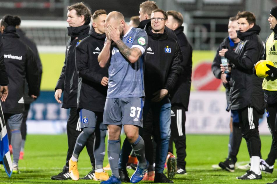Bereits nach dem 1:1. im Nordderby gegen Holstein Kiel am Montagabend war der HSV enttäuscht.