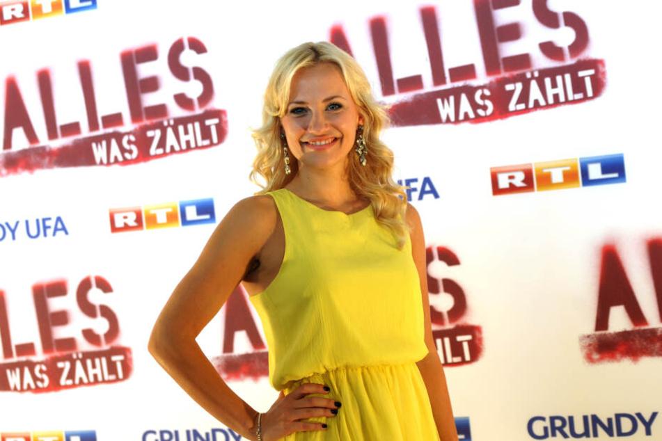 """Ania Niedick (35), Schauspielerin bei """"Alles was zählt""""."""