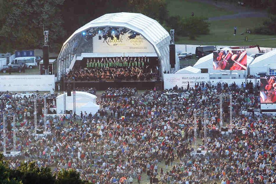 Jedes Jahr zieht das Freiluft-Konzert des Gewandhausorchesters tausende Besucher ins Rosental.