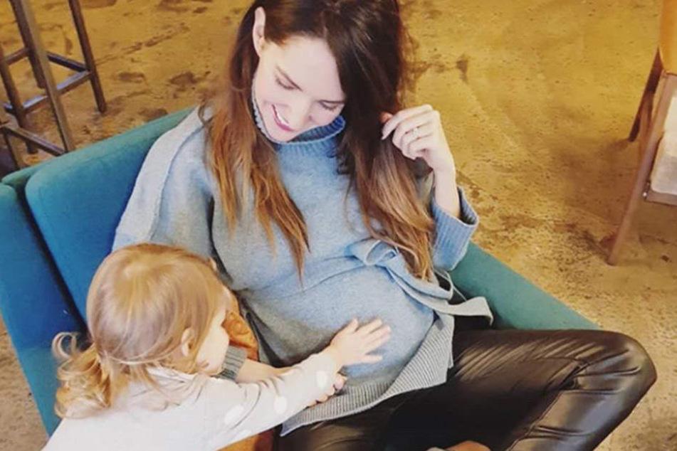 Die 37-jährige Moderatorin erwartet bereits ihr zweites Kind.