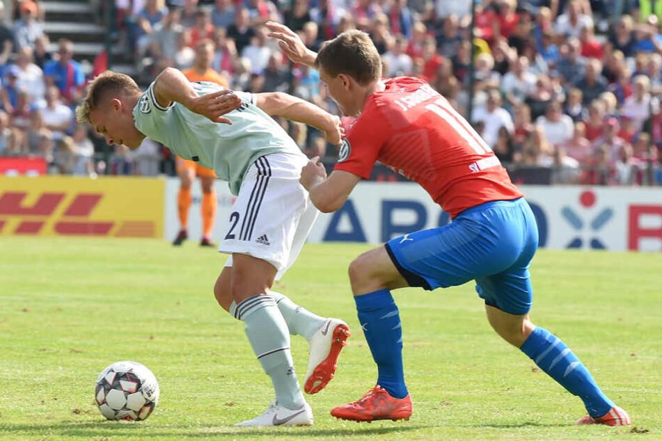 In der vergangenen Saison machten Drochtersen/Assel und Jasper Gooßen dem FC Bayern München in der ersten Runde das Leben schwer und verloren nur mit 0:1.