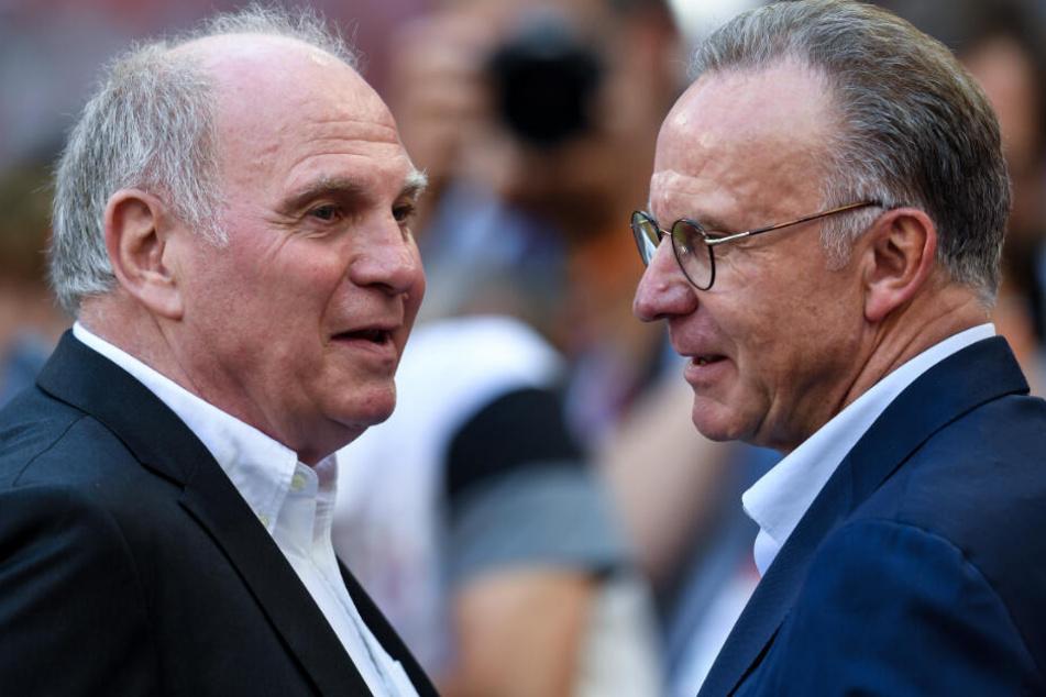 Uli Hoeneß (l.) und Karl-Heinz Rummenigge (r.) lenken die Geschicke des FC Bayern.