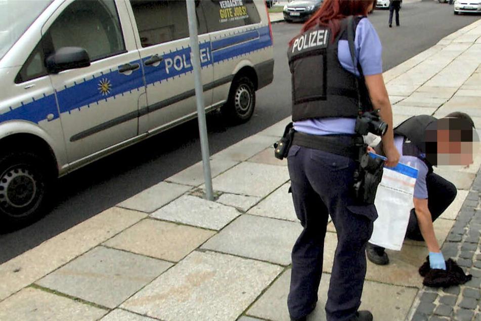 Razzia bei KMN Gang in Dresden: Ermittler werden fündig