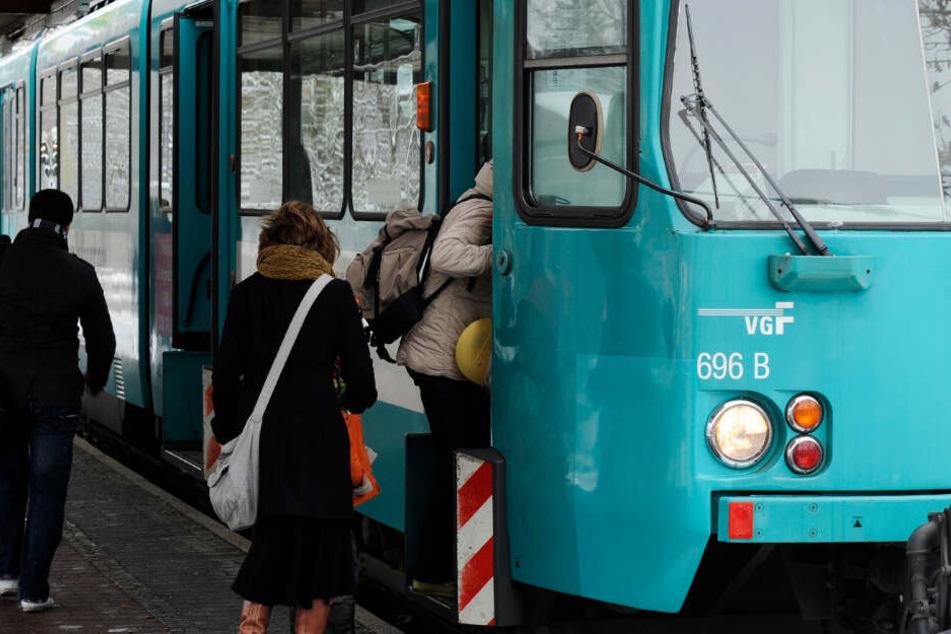 Die von der Sperrung betroffenen U-Bahn-Linien transportieren täglich rund 125.000 Fahrgäste.