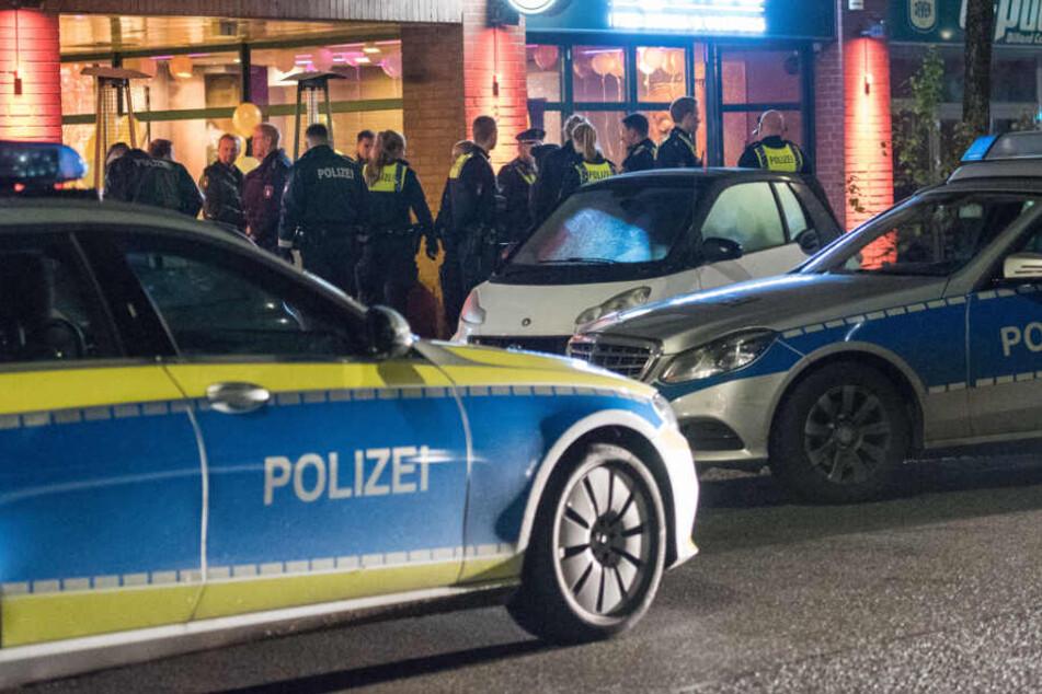 Die Polizei rückte mit zahlreichen Einsatzkräften an.