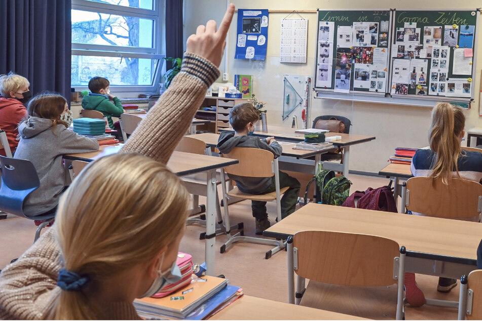 Besorgniserregende Mutationen: Längere Quarantäne bei Corona-Fällen in Schulen und Kitas