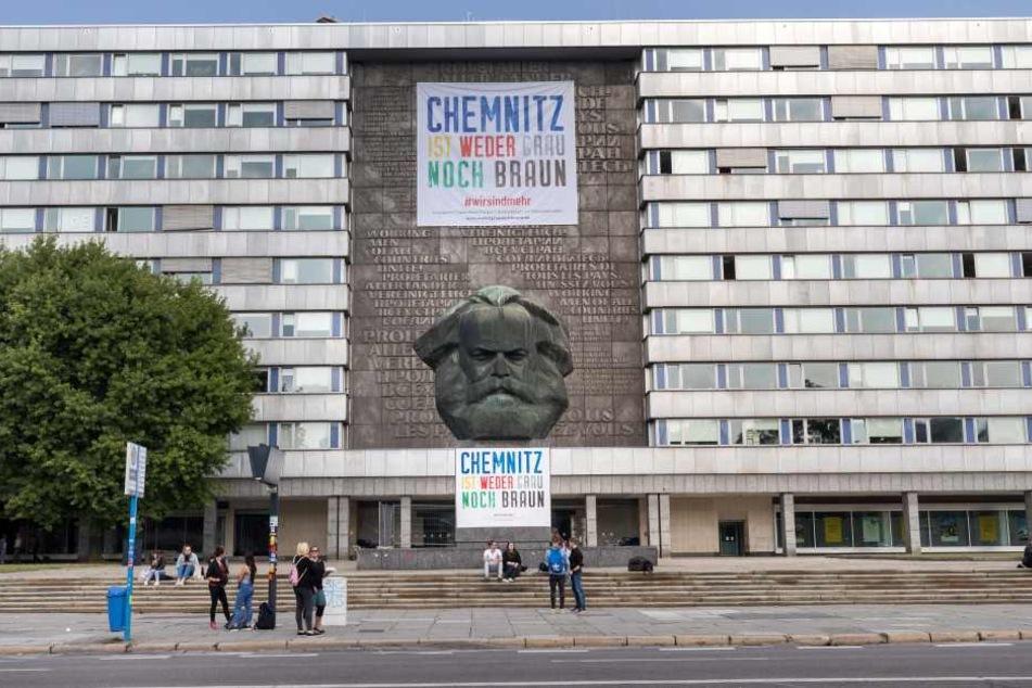 64 Unternehmen und Verbände zeigen in einer bundesweiten Plakat- und Anzeigenaktion ein buntes Chemnitz.