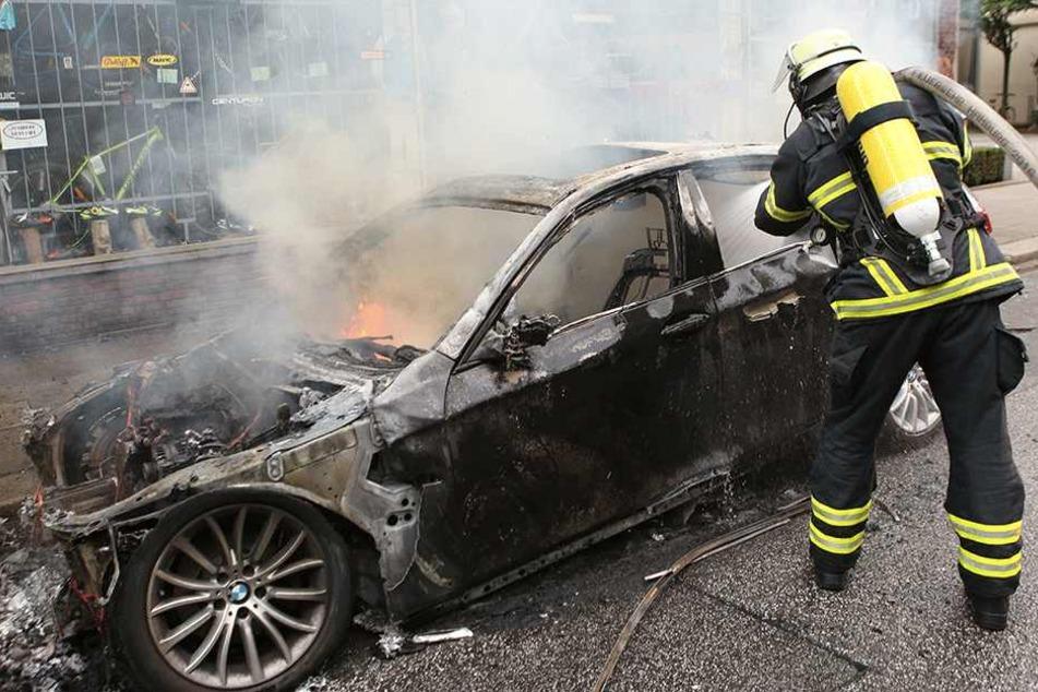 Diese Feuerwehrmänner brauchte kein Mensch (Symbolbild).