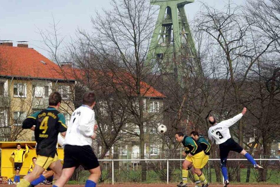 56-Jähriger stirbt bei B-Liga-Spiel in Baunatal