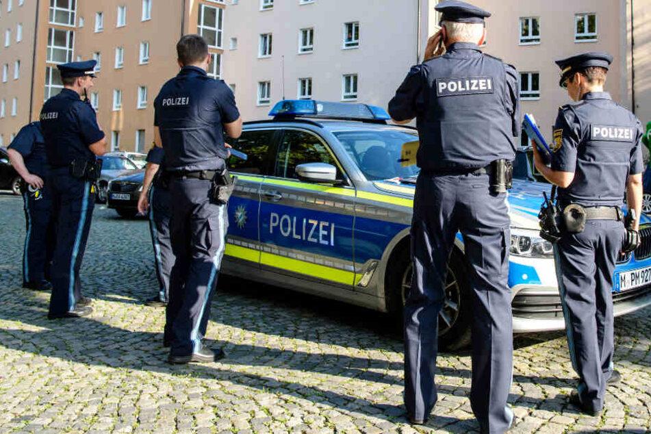 Die Polizei war im Zuge der tödlichen Attacke mit einem Großaufgebot im Einsatz.