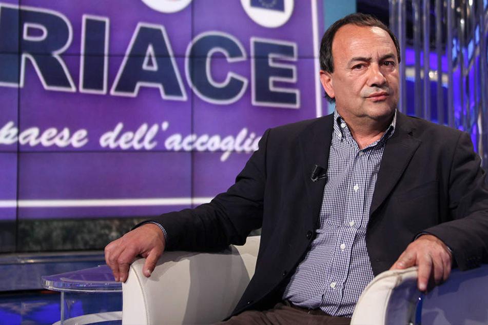 Bürgermeister Domenico Lucano (58).