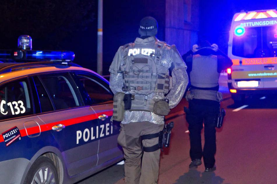 Die Polizei schaffte es, den 26-Jährigen zu überwältigen. (Symbolbild)