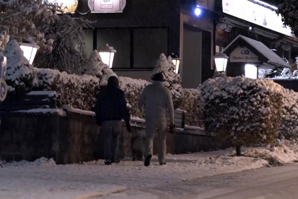 In Oberhof bedeckte bereits eine zarte Schneeschicht die Straßen.