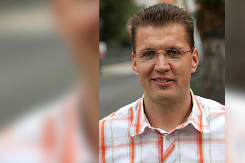 """Warnt vor """"Bauern-Glatteis"""": ADAC-Experte Markus Löffler (45)."""