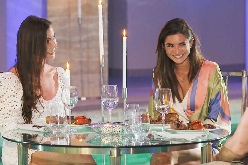 Für Nadine (l.) und Michele ging es auch zum Date. Michele durfte sogar noch länger bleiben, Nadine flog am Ende raus.
