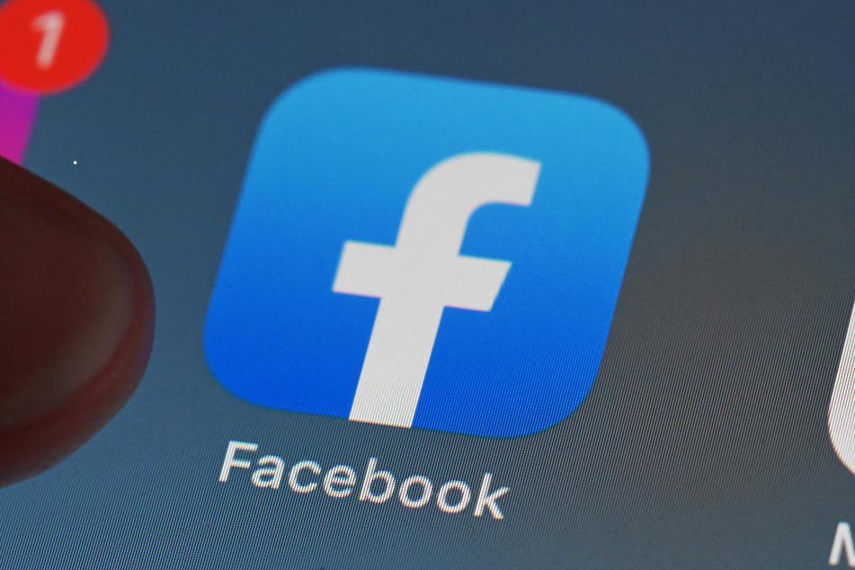 Facebook hat sich für die Aktion mit mehreren Partnern zusammengetan, darunter die Deutsche Presse-Agentur und die Bundeszentrale für politische Bildung. (Symbolbild)