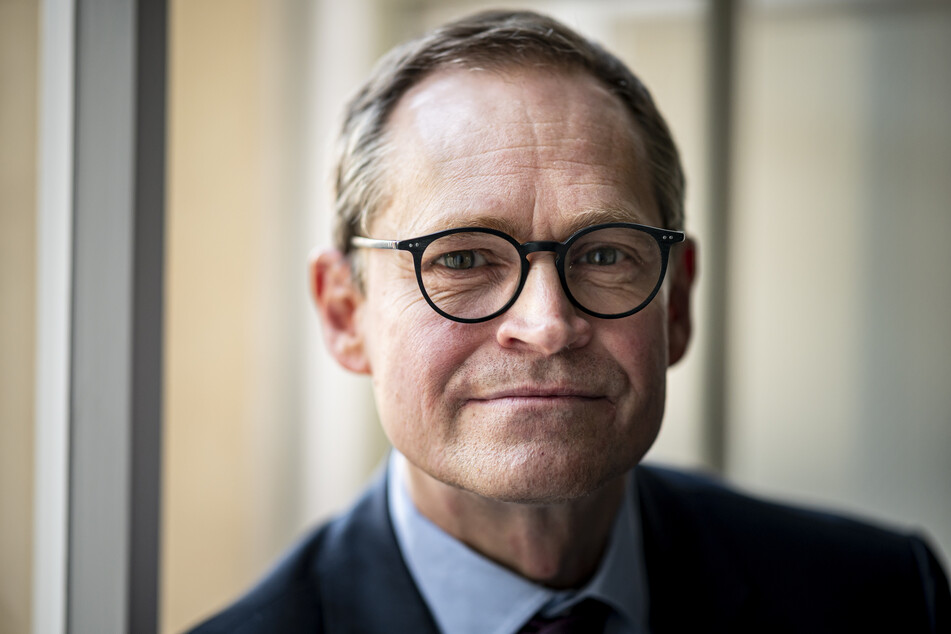 Berlins Regierender Bürgermeister Michael Müller (56, SPD) würdigt den Musiker bereits vorab.
