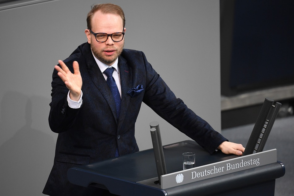 Helge Lindh (SPD) spricht bei der 146. Sitzung des Bundestages.