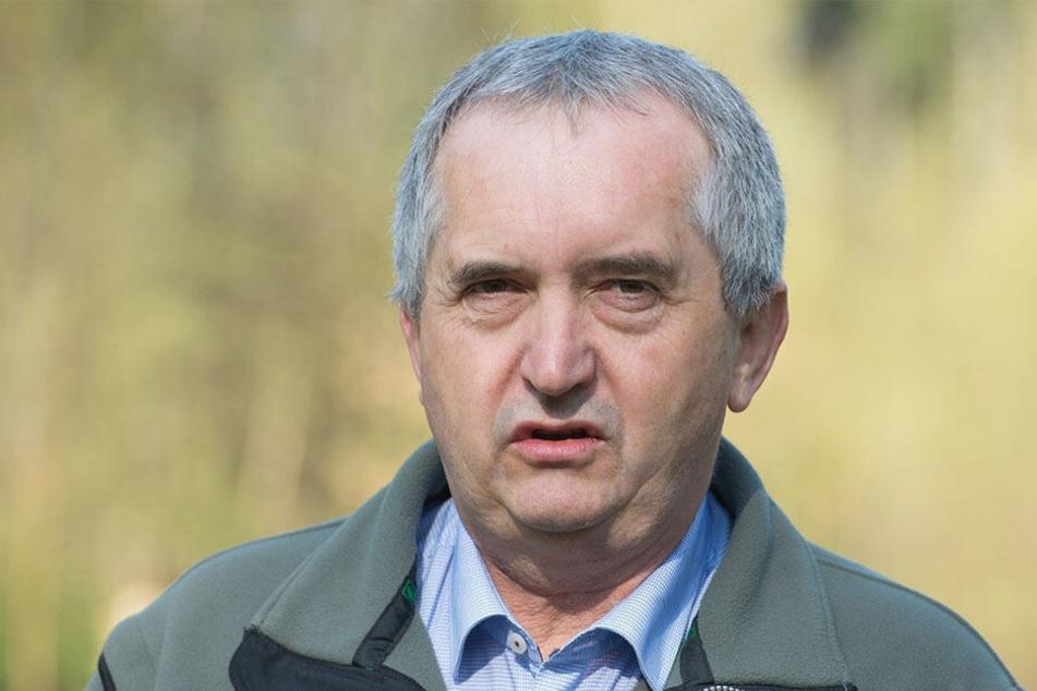 Umweltminister Thomas Schmidt (58, CDU) trägt die politische Verantwortung für die Abfallüberwachung.
