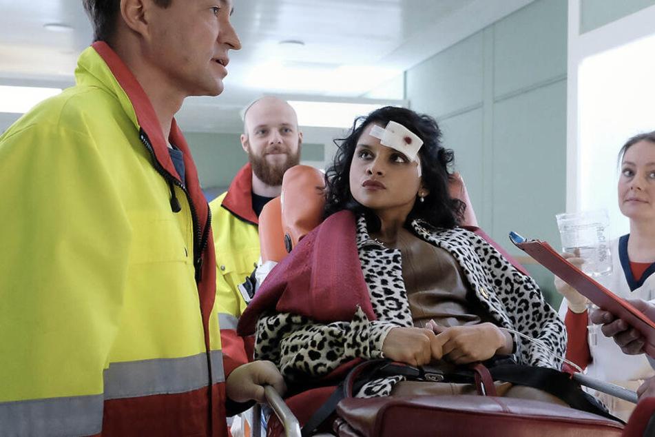 Zunächst wird das Unfallopfer nur wegen leichten Verletzungen ins Krankenhaus eingeliefert - aber es kommt schlimmer.