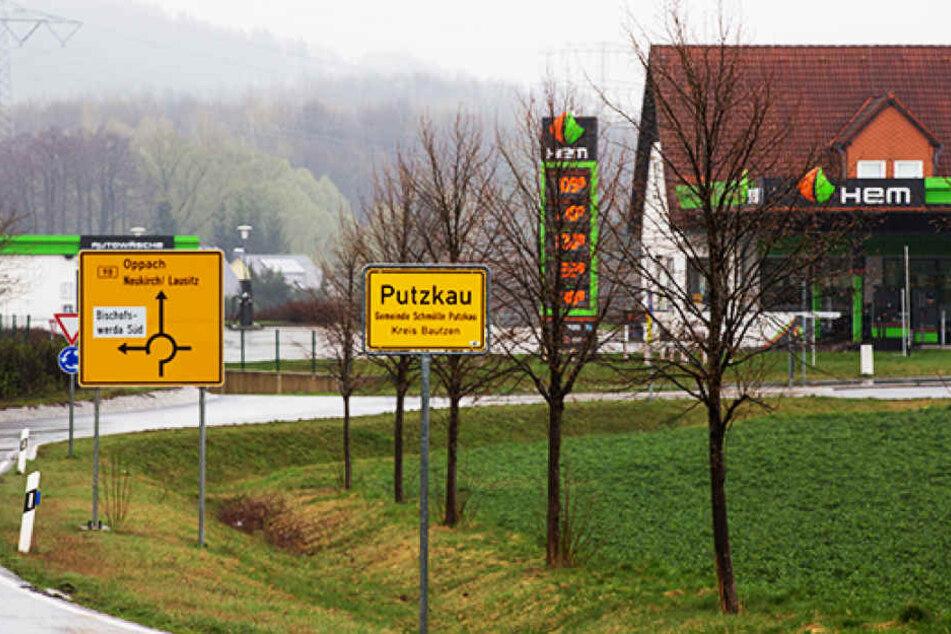 Am Montagabend überfiel ein Mann diese Tankstelle in Putzkau.