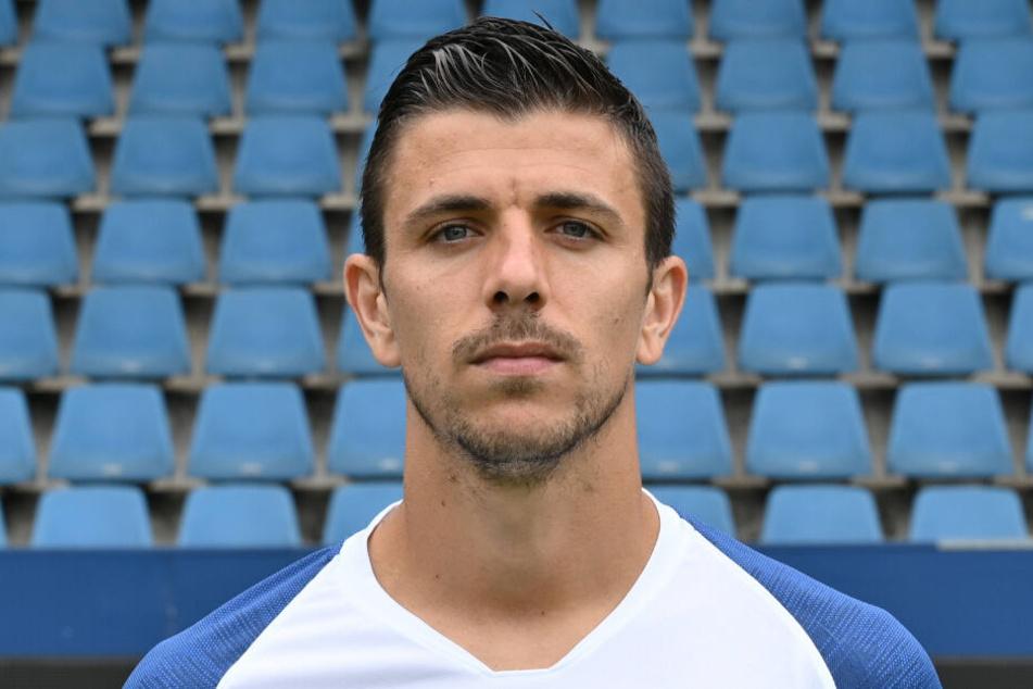 Anthony Losilla, auch mit 34 Jahren noch im Bochumer Mittelfeld gesetzt.