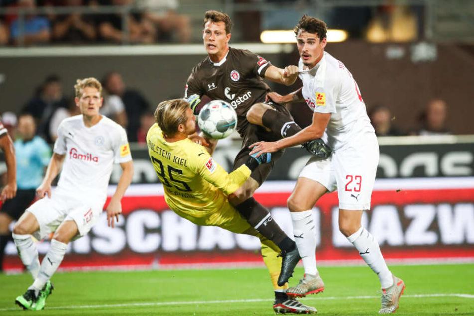 Gegen Holstein Kiel erzielte James Lawrence in seinem ersten Spiel gleich ein Tor.