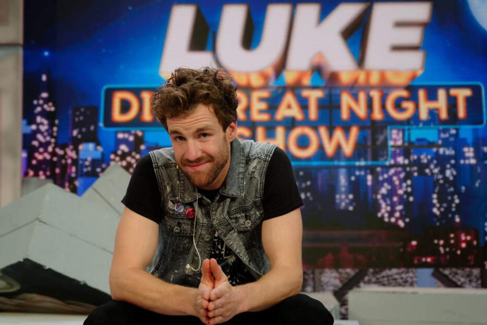"""Comedian Luke Mockridge ist ab Freitag (13. September) mit seiner neuen Sendung """"Greatnightshow"""" auf Sat.1 zu sehen."""