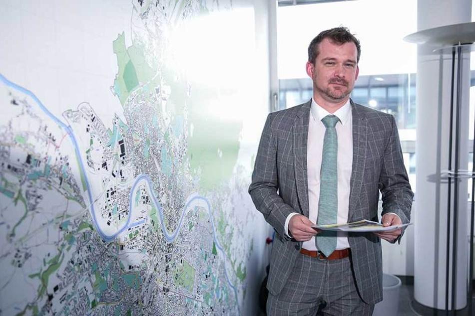 Baubürgermeister Raoul Schmidt-Lamontain (41, Grüne) stellte die Ergebnisse der Studie vor.