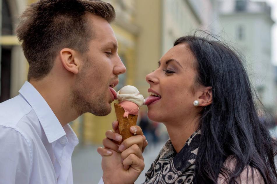 In fast jedem Bundesland sind neun von zehn Befragten zufrieden mit ihrer Beziehung.