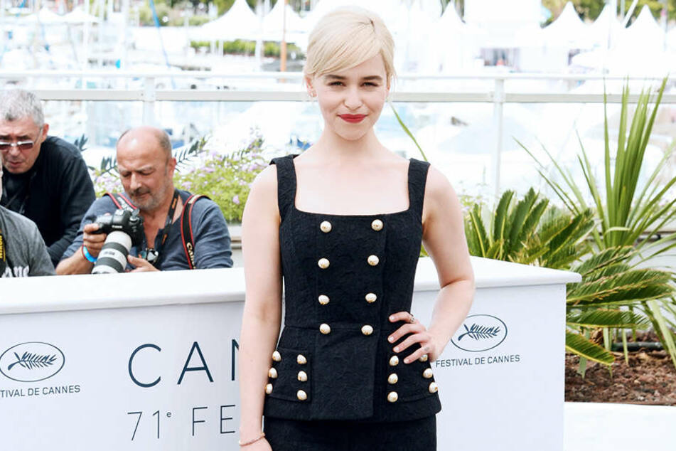 """Emilia Clarke spielt in """"Solo: A Star Wars Story"""" Heldin Qi'ra und bandelt mit Han Solo (Alden Ehrenreich) an."""