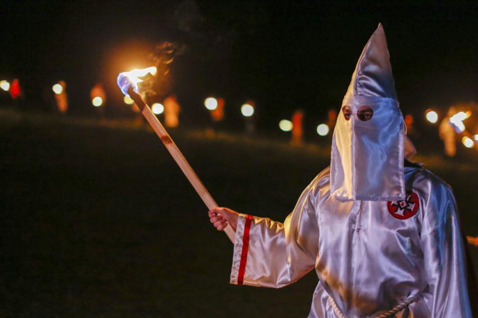 """Gab es Verbindungen zwischen dem Ku-Klux-Klan und dem NSU? Dazu soll der """"Europachef"""" einer Klan-Gruppe aus Schwäbisch Hall befragt werden. (Symbolfoto)"""