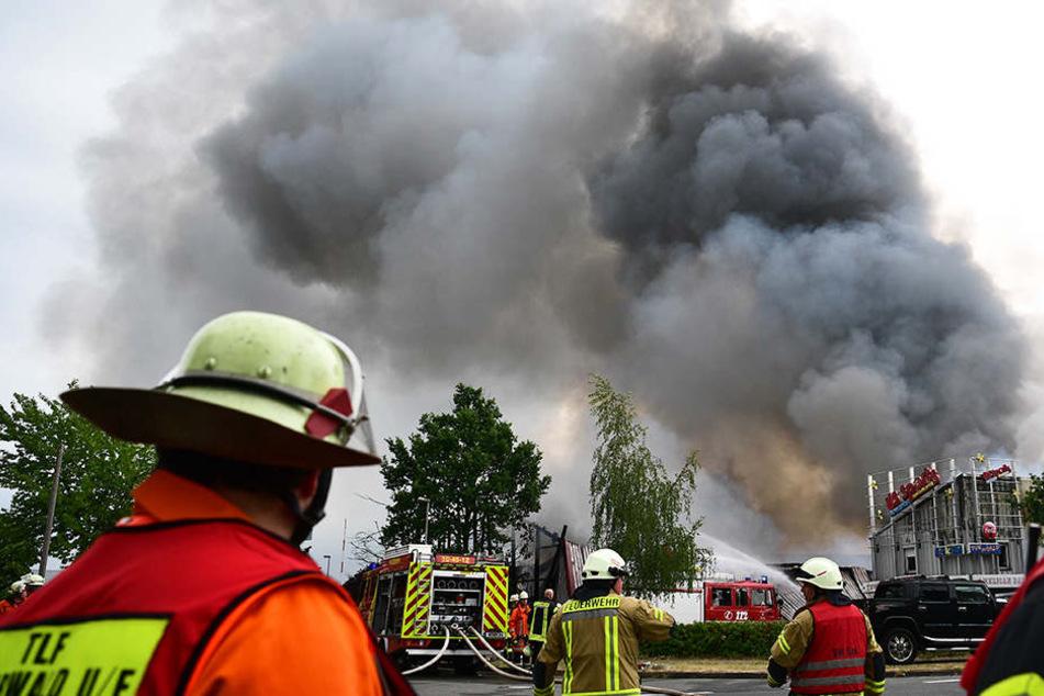 Einen Millionenschaden richtete das Feuer in Niedersachsen an.