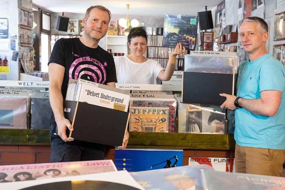 Vinyl-Liebhaber aufgepasst: Plattenladen zieht mit 35.000 Scheiben um!