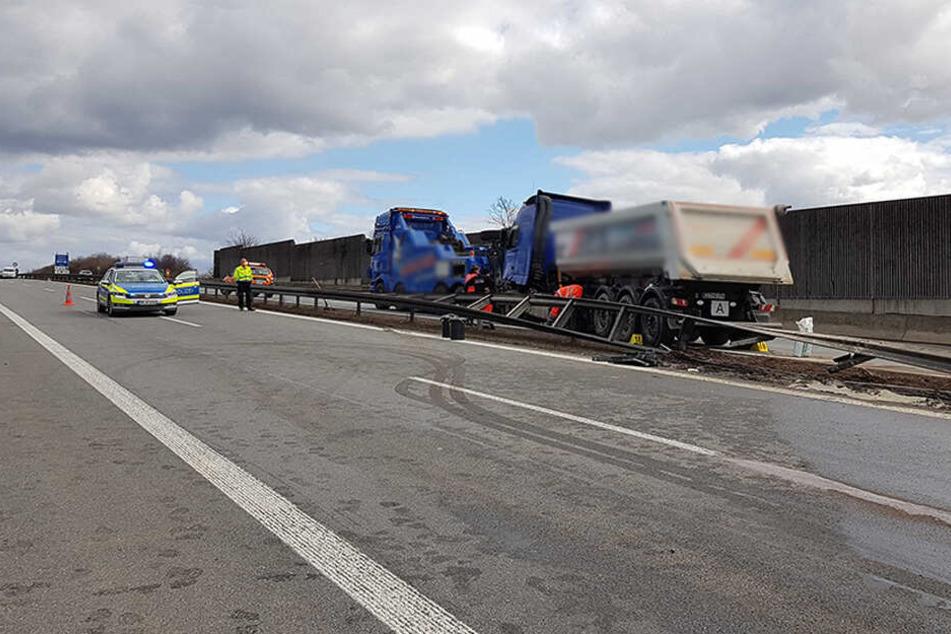 Auf der A72 krachte ein Lkw in die Leitplanke.