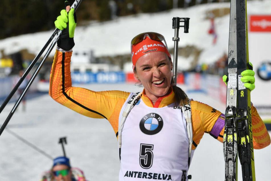 Erste deutsche Medaille! Denise Herrmann jubelt über WM-Silber