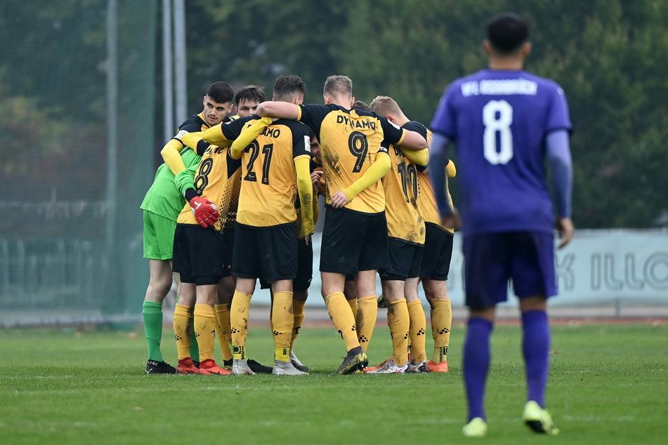 """Dynamo könnte mit den Bundesliga-Junioren in Schiebock antreten. Die """"U19"""" hatte ihr letztes Pflichtspiel allerdings im Oktober 2020."""