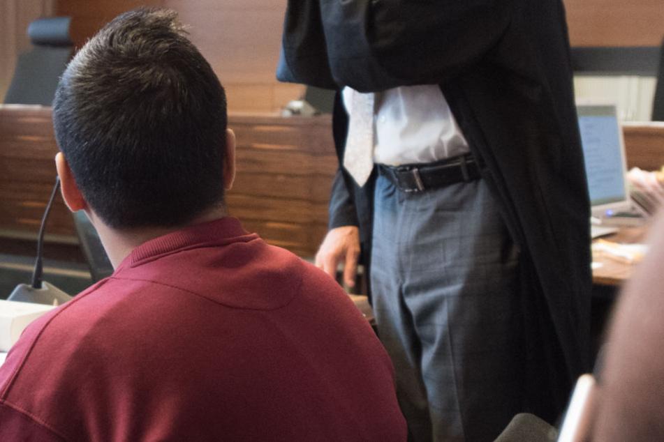 Am achten Verhandlungstag im Mordprozess um Hussein K. sollen die ermittelnden Polizeibeamten aussagen.