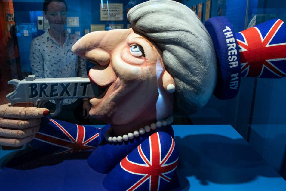 """Entwurf eines Karnevalswagens in der Ausstellung """"Very British"""""""