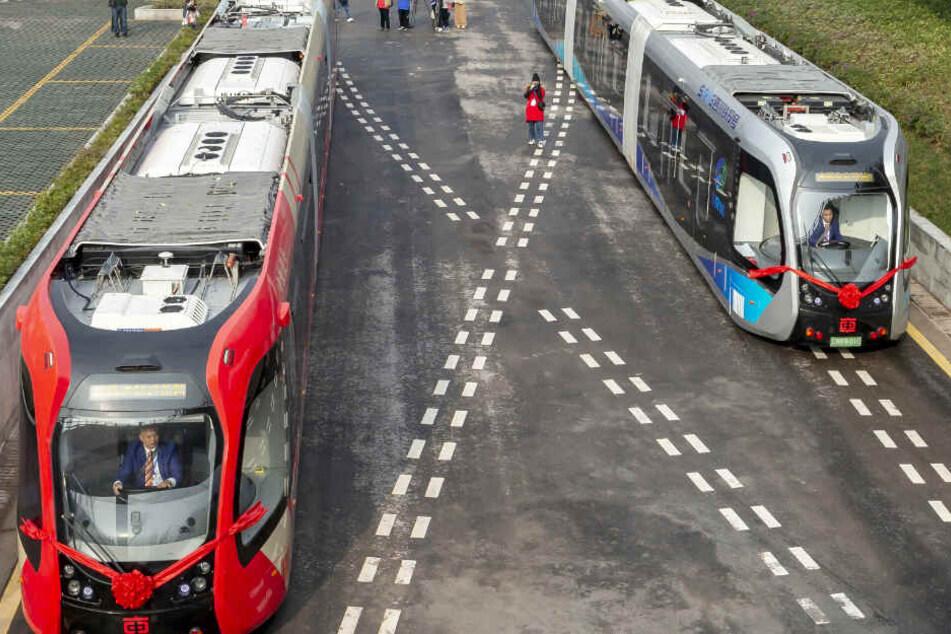 Startet hier die Zukunft? Erste schienenlose und autonome Straßenbahn in Betrieb!