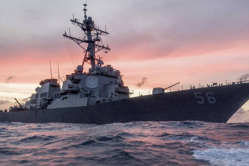 Noch immer werden zehn amerikanische Seeleute vermisst.