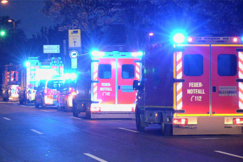 Anwohner waren durch einen lauten Knall aufgeschreckt worden und alarmierten die Feuerwehr.