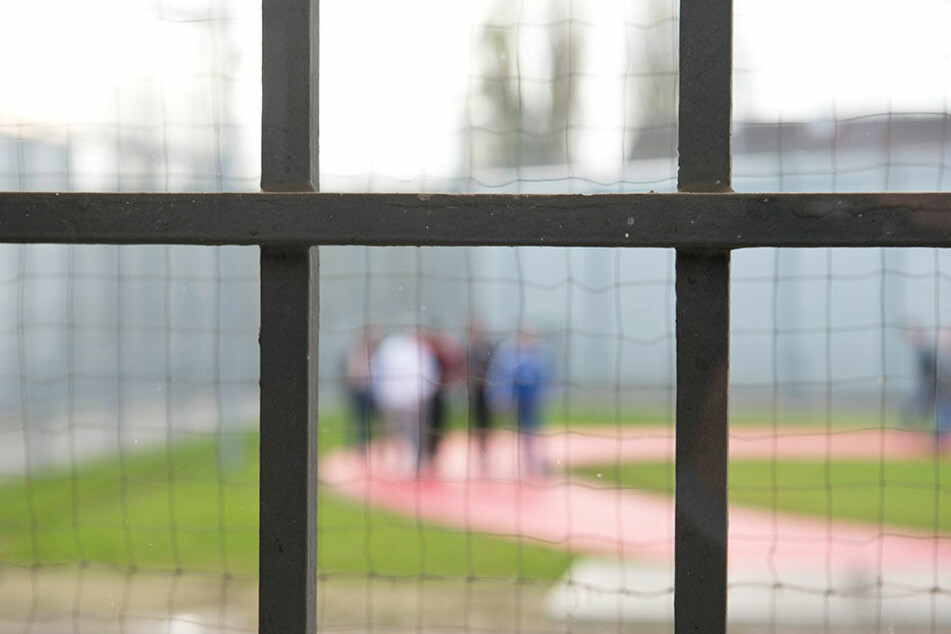Sachsens Gefängnisse sind gefüllt,  vor allem die Zahl der Untersuchungshäftlinge nahm zu.